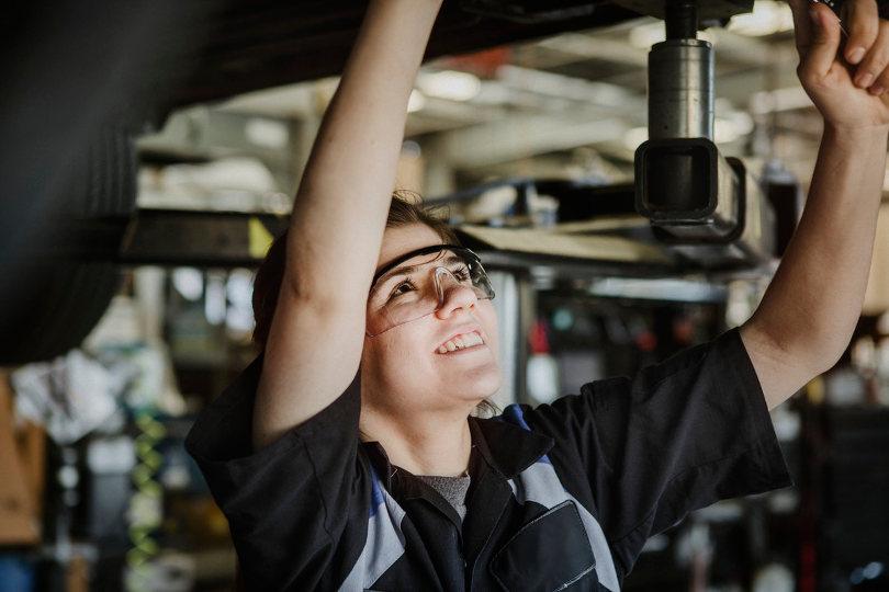 car-servicing-810.jpg
