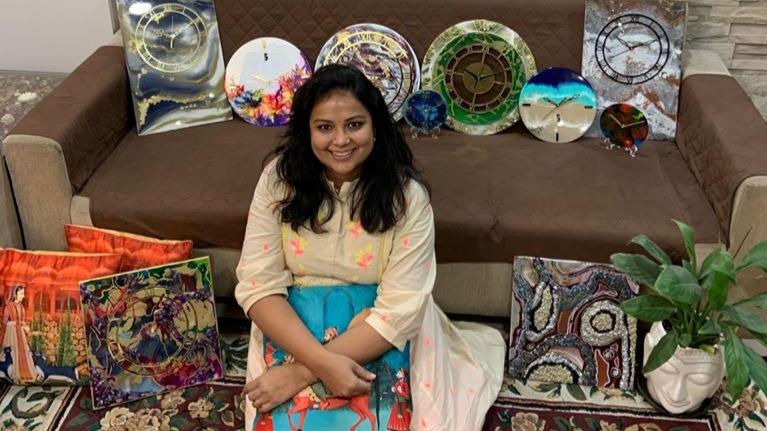 Gujarat Artist Turns Passion Into Profession Amid Covid Lockdown, Makes Rs 3 Lakhs At Home