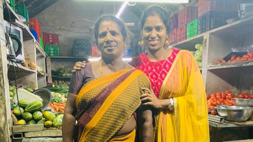 Daughter Of Chennai Vegetable Vendors Lands Promotion, Dedicates It To Mother's Sacrifice, Wins The Internet